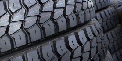 Prevent damage to truck tyres: Drive smarter and reduce tyre-related costs