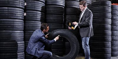 Truck tyres at Heuver: large stocks, competitive prices and fast delivery